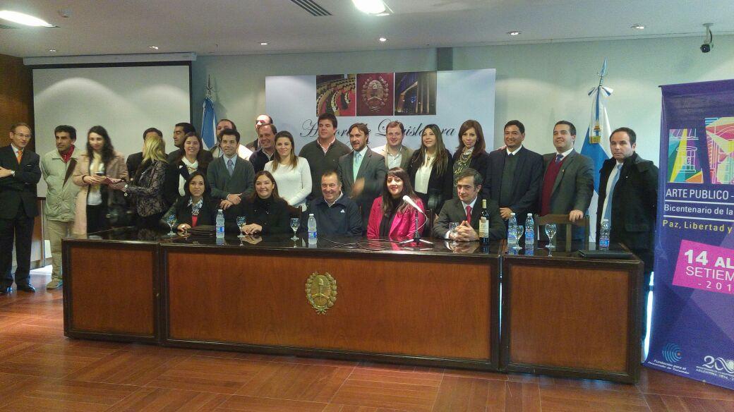 Presentación En Sociedad De La Fundación Para El Desarrollo De Tucumán
